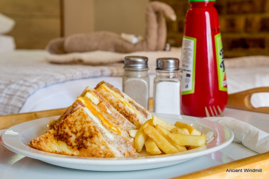 Club sandwich for roomservice